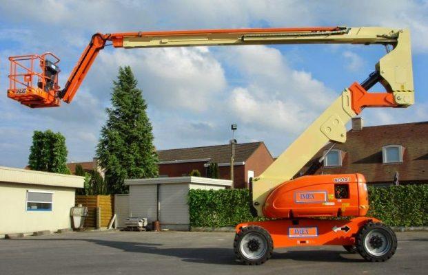 xe nâng người boom lift JLG800AJ